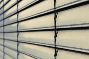 reparar una ventana en casa