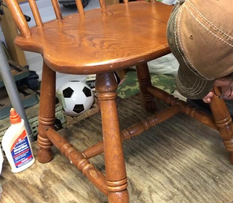 Tips para reparar una silla de madera que se tambalea