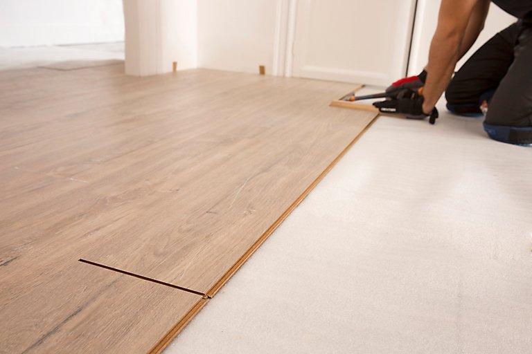 Cómo instalar suelo laminado fácilmente