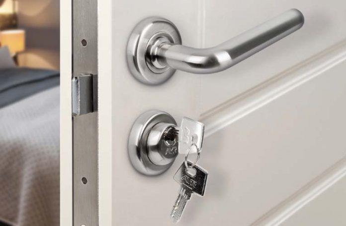 Accesorios para puertas: cómo elegir los más adecuados